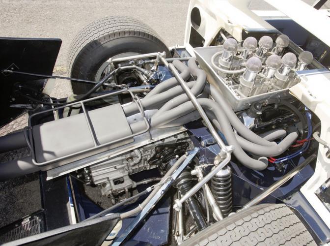 gt40-roadster-prototype-2-672x500