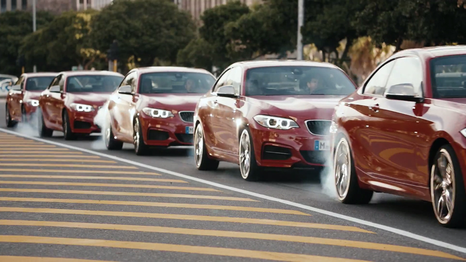 watch-5-hollywood-stunt-drivers-get-behind-the-wheel-of-the-bmw-m235i-for-the-epic-driftmob-01