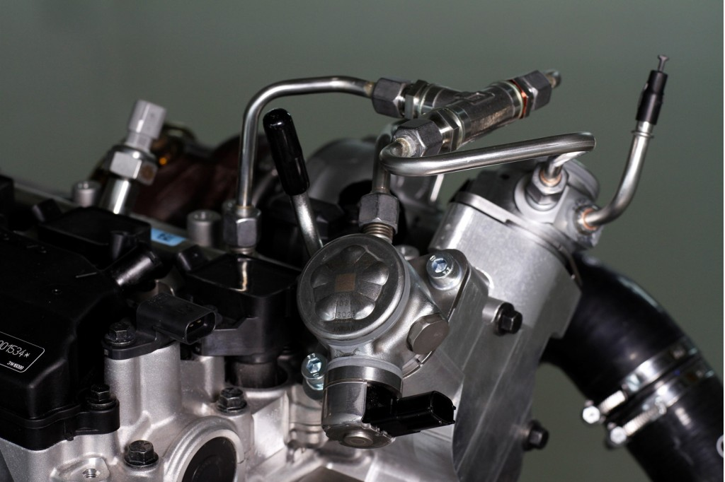 volvo-drive-e-engine-with-electrically-driven-turbochargers_100484552_l