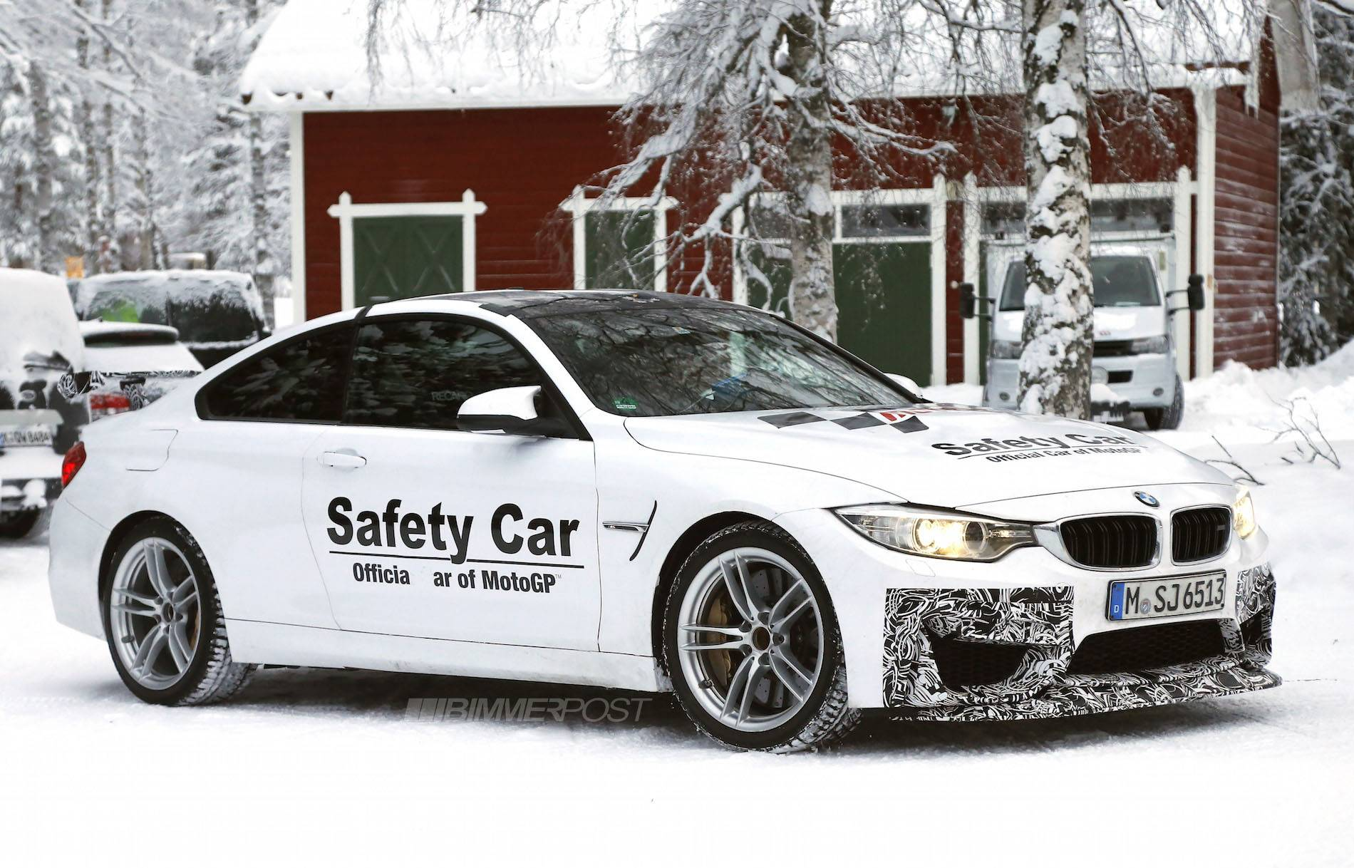 BMW M4 GTS 7