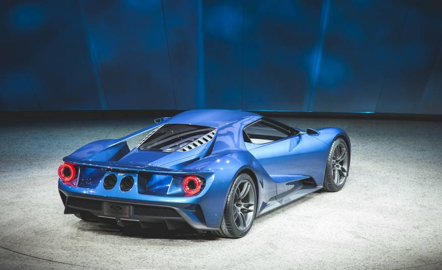 Ford-GT-concept-205-876x535