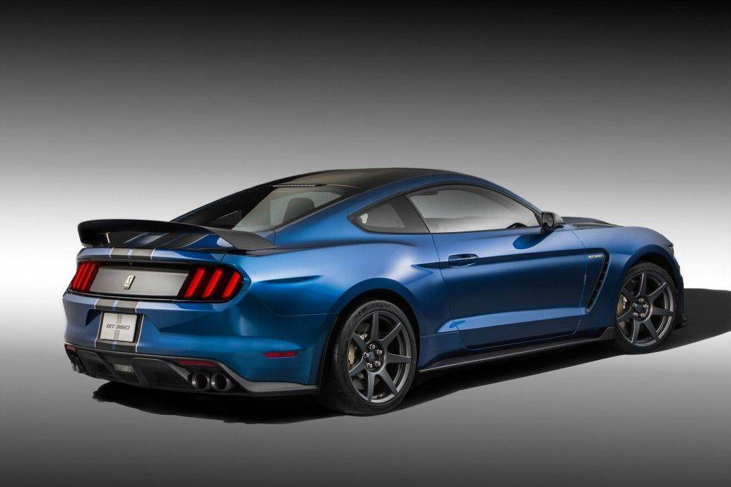 2016-ford-mustang_100496864_l