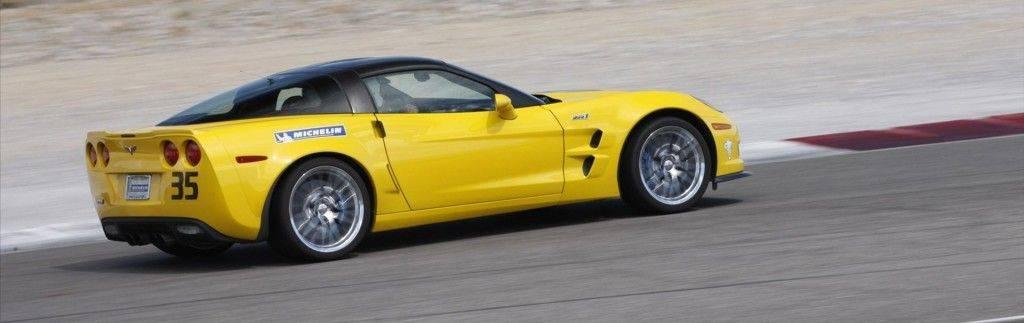 Chevrolet-Corvette-ZR1-2012-widescreen-07
