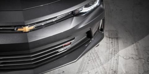 2016-Chevrolet-Camaro-RS-106-876x535