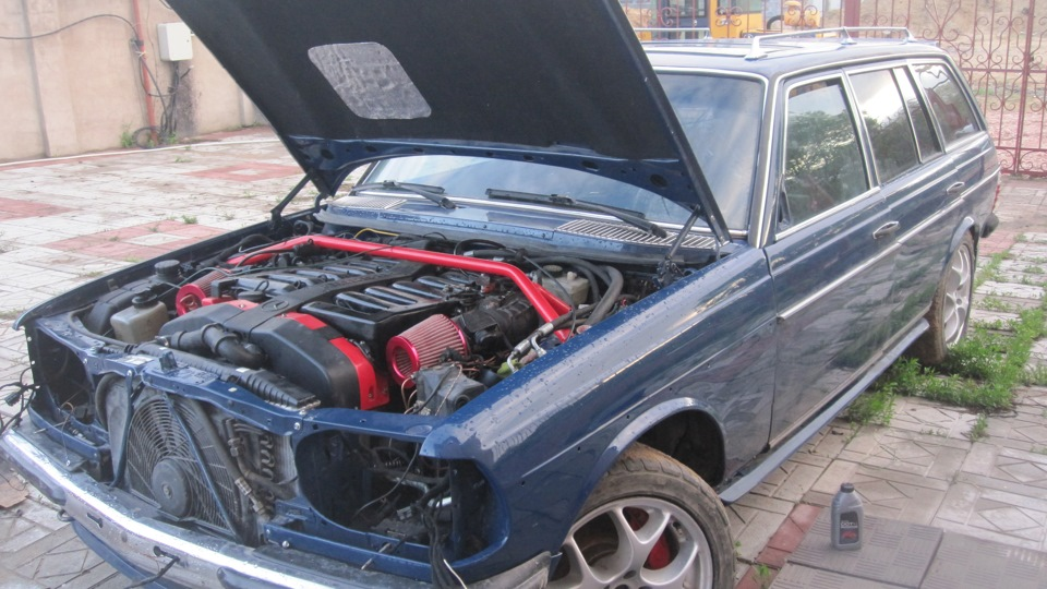 Swapping a 7 3L Pagani V12 Into a W123 Wagon – GT Speed