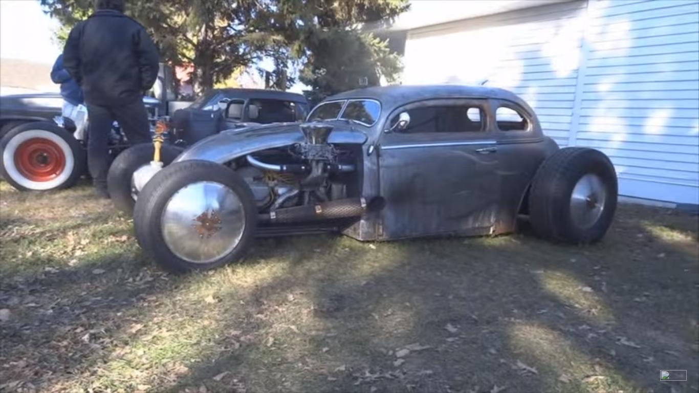 Watch this insane VW Beetle engine swap  – GT Speed