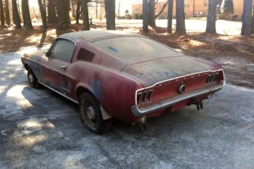 67 Mustang barn find