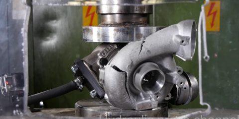 hydraulic-press-crushes-turbo